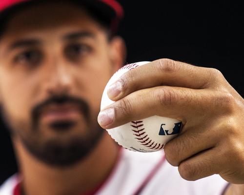 ツーシーム、バックドア…。今メジャーリーグで話題の球種は?|MLB ...