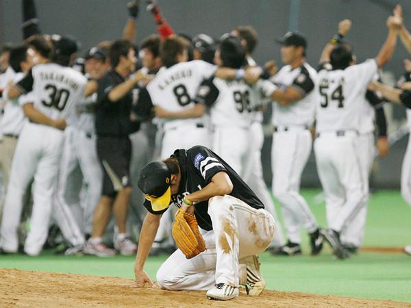 斉藤和巳が燃え尽きた試合。絶望へと繋がる稲葉篤紀に投じたあの一球 ...
