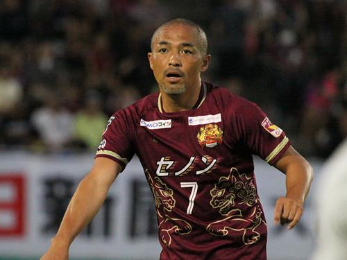 小野伸二は沖縄でジーコになるか。FC琉球会長が語るビッグな近未来|J ...