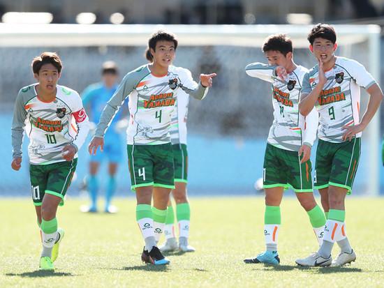 サッカー メンバー 山田 青森