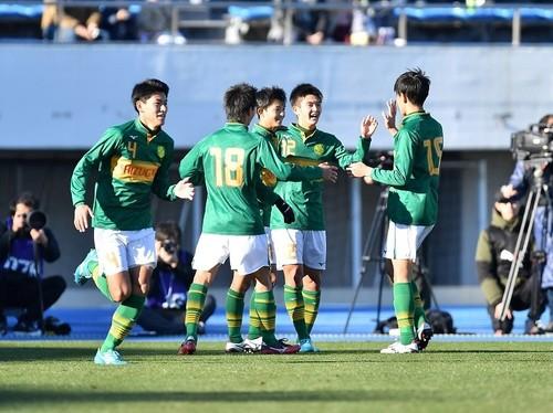 サッカー 選手 学園 静岡