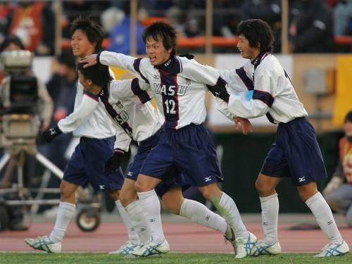 野洲 高校 優勝 メンバー 14年前に全国V。野洲高の10番はなぜプロ入りしなかったのか