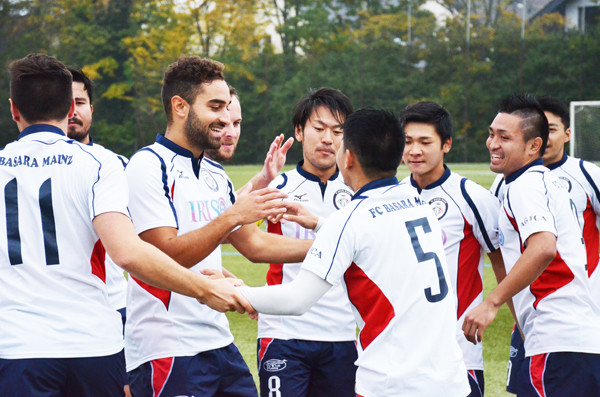 日本人選手がプロを目指すクラブ...