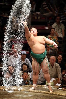 現役力士が語る、大相撲の「最新ちゃんこ事情」と「勝負メシ」|その他 ...