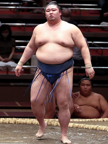 コロナ 誰 力士 相撲力士にコロナ感染者は誰でなぜ?感染ルートに驚き