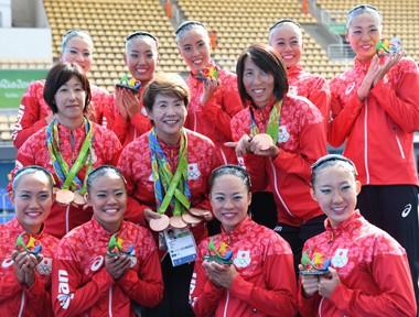 日本シンクロ女子。「恐怖の練習」で取り戻したチーム銅メダル