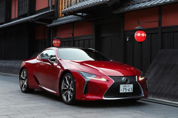 新車のツボ135 レクサスlc 日本の味わいで世界と勝負するクーペ 新車